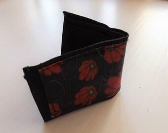 Poppy world - fabric wallet