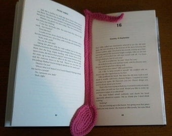 Crochet musical note bookmark