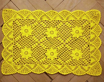 Bright yellow rectangle doily