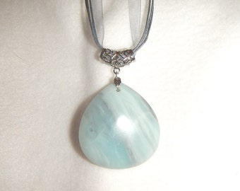 Teardrop-Shaped Amazonite pendant necklace (JO589)