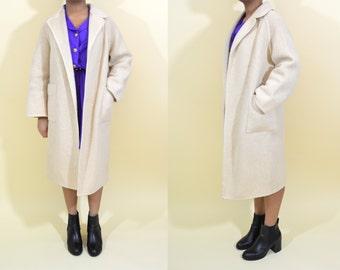 Cream Wool Vintage Winter Coat . Minimalist . Medium . 1970s