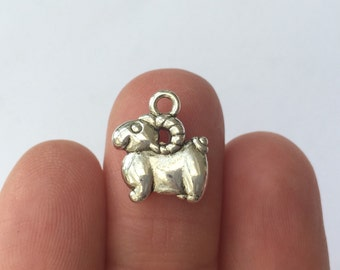 10 Goat Ram Charms Antique Silver - SC5410