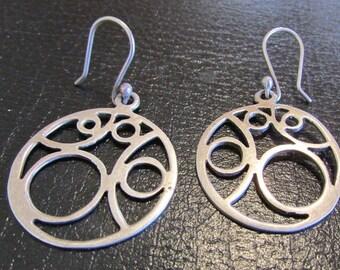 Interesting Sterling Silver Circle Design Dangle Earrings
