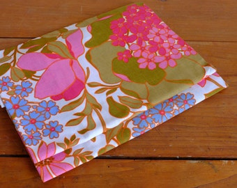 Tablecloth seventies, fabric flower, fabric coupon
