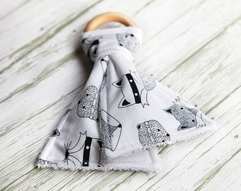 Baby Teething Ring, Organic Natural Wood Teething Ring, Baby Gift, Teething Toy, Baby Shower Gift
