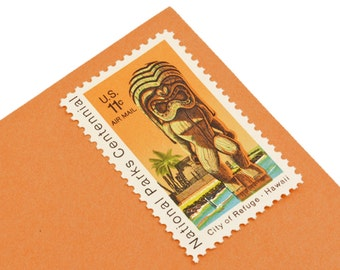 25 Hawaii Tiki Stamps - 11c - Airmail - Unique vintage postage stamps - 1972 - Unused - Quantity of 25