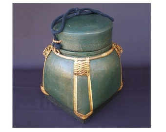 Hand Made Biodegradable Urn Green