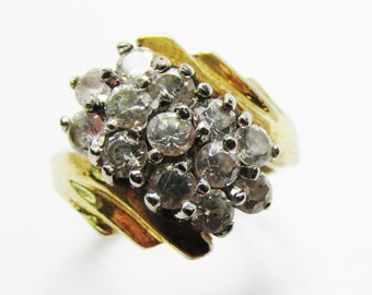 Vintage - Collectible - Women's Rhinestone Ring - Jewelry - Gold - Rhinestones - Ring - Sparkling - Brilliant - Modern - Clear - Women's