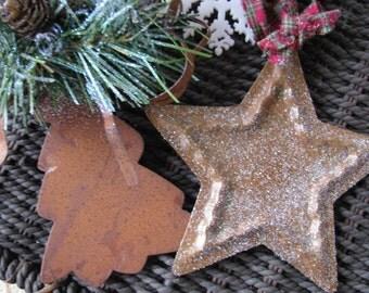 2 Primitive decorations 1 tree 1 heart #4
