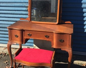 Vintage French vanity and stool