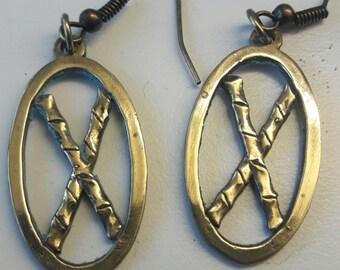 Crossed Escrima Sticks Earrings in Bronze