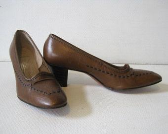 "RAMBLERS Florsheim Dress Shoes Size 7.5 2A Heel 2"" Women's Ladies Leather Roma Last Vintage"