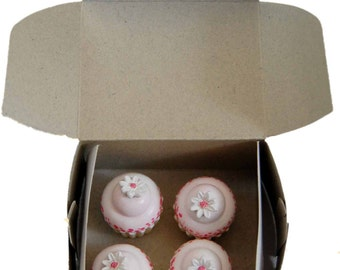 """American Bakery Collection - Mini Cupcakes, Accessories Fits 18"""" Girl Dolls"""