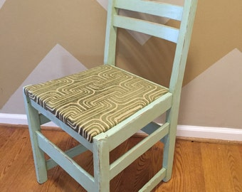 Early 20th century Stickley chair - Painted and reupholstered