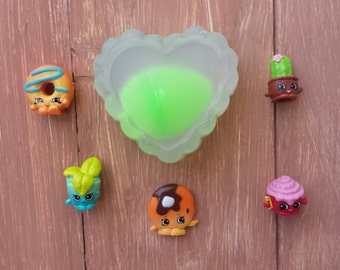 Shopkins surprise heart soaps - mystery surprise soaps with shopkins toys inside!