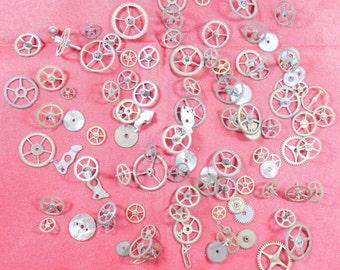 105  Vintage Steampunk Watch Gears Wheels Parts Altered Art.#-6