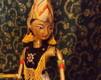 Wayang golek . Old pupett  Java The  70's