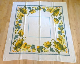 Vintage Square Linen Woven Harvest Fruit Print Tablecloth | Vintage Table Linens | Shabby Chic Style TableCloth | 1950's Retro Table Linen