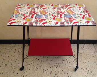 Serving Table on casters feet compass 2 trays year 70 TBE