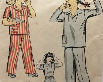 CLEARANCE!!  DuBarry 5496 girls pajamas pattern size 2 vintage 1940's sewing pattern