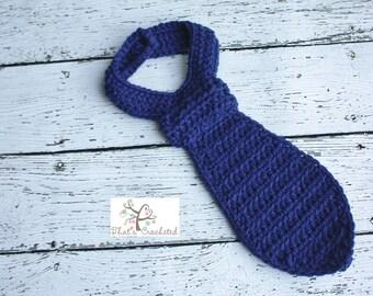 Newborn Necktie - Newborn photography prop, Newborn boy, crochet necktie