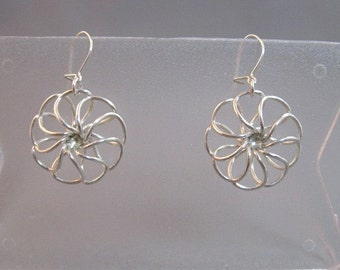 Vintage handmade sterling silver flower dangle earrings 1970's