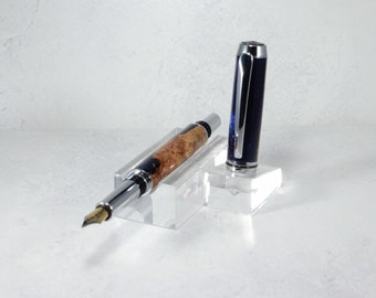 F031 - Blue Resin Burl Fountain Pen