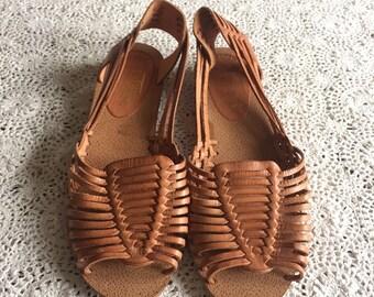 LaTina Huarache Woven Sandal Sz: 8.5