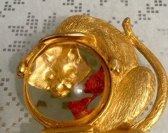 Awesome 1970's Signed Cat and Fish Bowl  Lucite Jelly Belly Brooch, JJ Jonette Brooch/Pin, NJ Estate.
