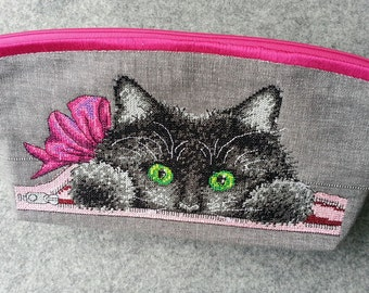 toiletry bag, utility pouch *** Cat inside ***