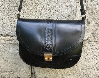 Bag Vintage/ 90s/ real leather/ black/ adjustable shoulder strap/ four pockets/ height 18 cm/ Made in Greece