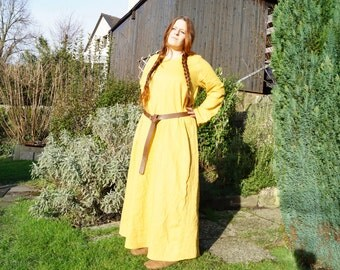 Medieval dress in ochre