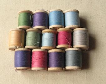 Vintage Thread Spools, Antique Wooden Spools, Retro Thread Spools, Various Shapes Spools, Studio Décor, Vintage Decoration