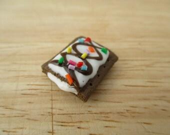 Sundae Pop Tart Magnet, Handmade Polymer Clay Kawaii