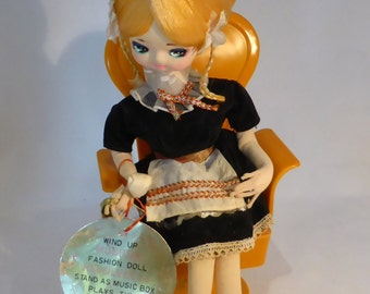 Musical Senpo doll - Hollander - original from the 1970s