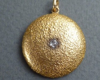 14 K Gold  w/diamond pendant