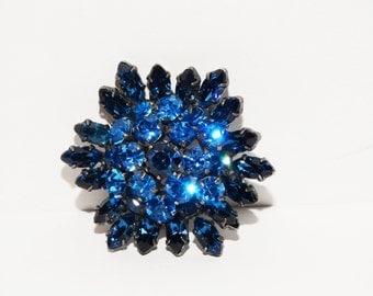 Vintage Gun Metal Cobalt Blue Austrian Crystal Brooch/Pendant.