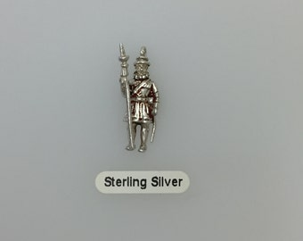 London Beefeater Silver Charm