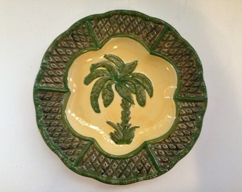 Decorative Palm Tree Plate