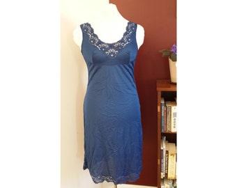 royal blue vintage slip, vintage lingerie, vintage negligee, 70's/80's, lace slip, blue lace slip, vintage reitmans