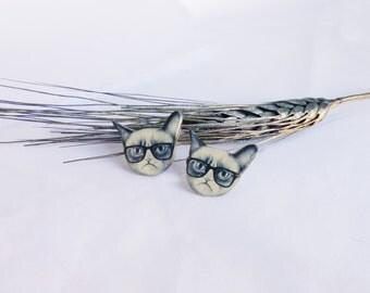 Grumpy cat earrings / Grumpy cat jewelry / Hipster cat studs / Kitty earrings / Kitty jewelry / Cat lover / Grumpy cat gift
