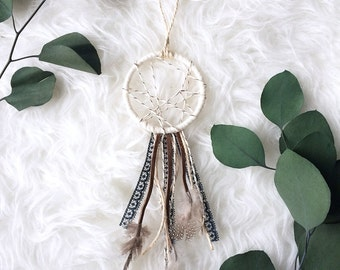 Mini Dream Catcher Party Favors, Rustic Boho Wedding Decor, Boho Baby Boy Gift, Modern Bohemian Dreamcatcher, Bohemian Baby Dream Catcher