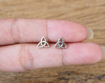 A Pair of Trinity Knot Stud, Knot Earrings, 925 Sterling Silver, Celtic Earrings, Gift Idea - SA237