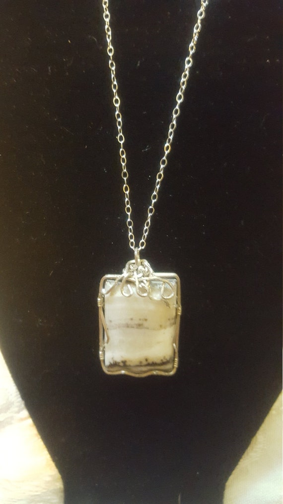 "Silver lace agate in .925 silver pendant with 16"" necklace"