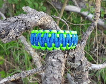King Cobra 550 Paracord Bracelet-Green/Blue