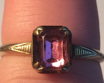 Vintage Gold Filled GF Ring w Purple Stone 1.6g 5616