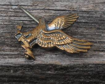 Vintage Gold Colored Eagle Pin 1970s