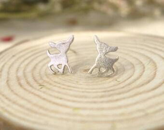 dainty deer 925 sterling silver earrings,deer stud earrings, animal earrings,handmade,everyday,birthday,bridesmaid gift-KE1007