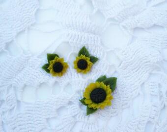 Sunflower jewelry set Yellow flower earrings Sunflower brooch Summer jewelry set Yellow stud earrings Miniature brooch Wild flower jewelry