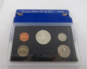 U.S. 1969S United States Proof Set.There is no C.O.A. in this set. This is a 5 coin Proof set.